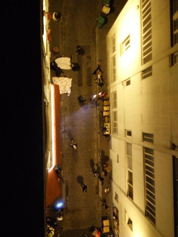Cảnh sát ráo riết truy tìm nghi phạm khủng bố liên hoàn Paris - ảnh 1