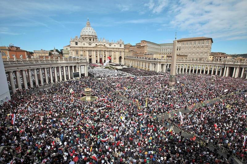 Ý lo sợ IS dùng máy bay không người lái tấn công Vatican - ảnh 1