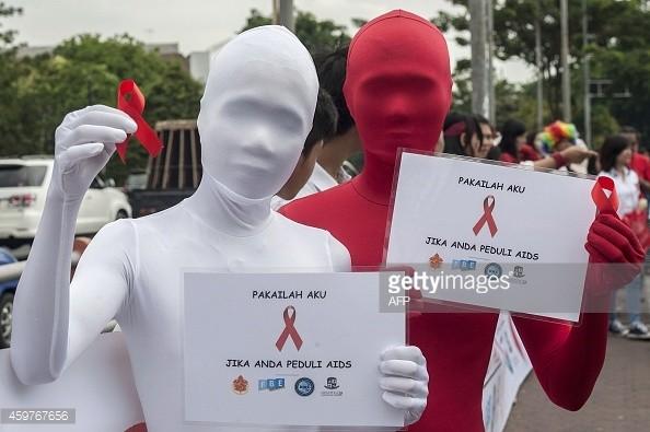 Indonesia xin lỗi vì viết nhầm áp phích 'hắt xì hơi lây nhiễm HIV' - ảnh 1