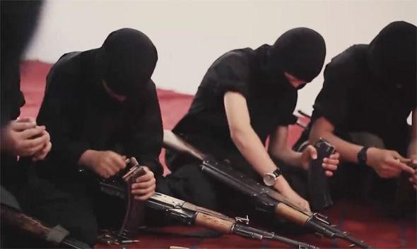 IS tung video ca ngợi trường học cho chiến binh thánh chiến nhí - ảnh 4