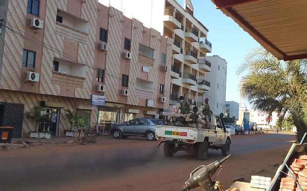 Khủng bố khách sạn Mali: Chi nhánh al-Qaeda nhận trách nhiệm - ảnh 6
