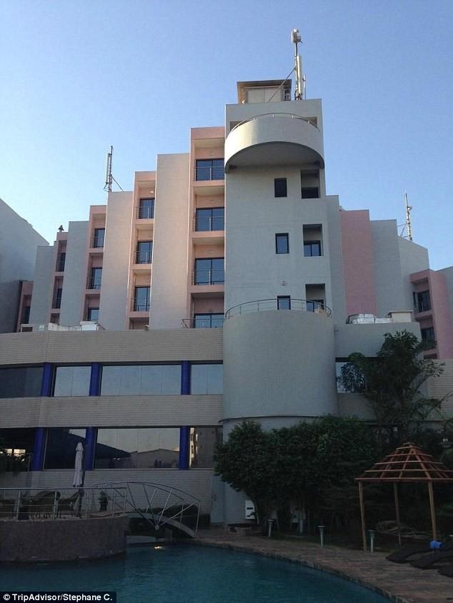 Khủng bố khách sạn Mali: Chi nhánh al-Qaeda nhận trách nhiệm - ảnh 13