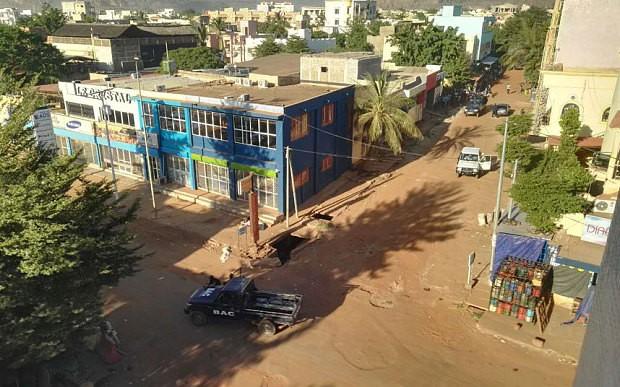 Khủng bố khách sạn Mali: Chi nhánh al-Qaeda nhận trách nhiệm - ảnh 9