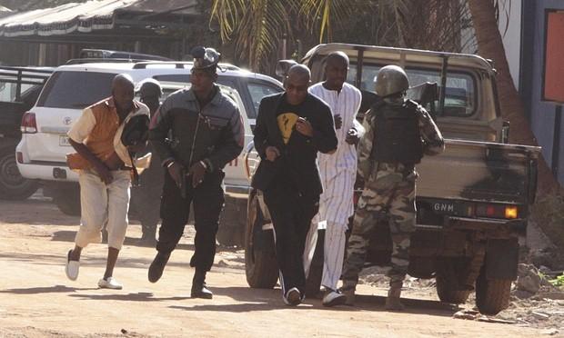 Khủng bố khách sạn Mali: Chi nhánh al-Qaeda nhận trách nhiệm - ảnh 10