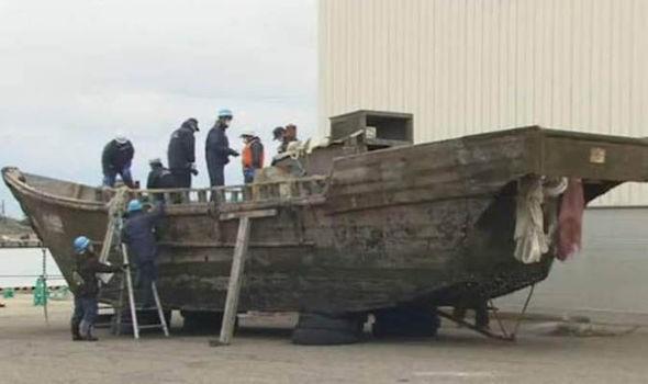 Bí ẩn 11 tàu đầy thi thể 'ngư dân Triều Tiên' ngoài khơi Nhật Bản - ảnh 1