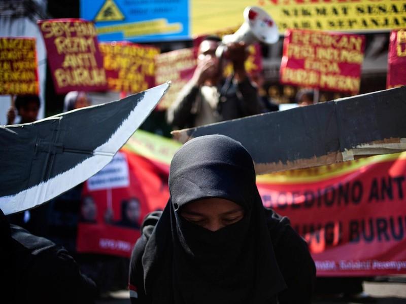 Choáng với tần suất chặt đầu hành quyết của Ả Rập Saudi - ảnh 1
