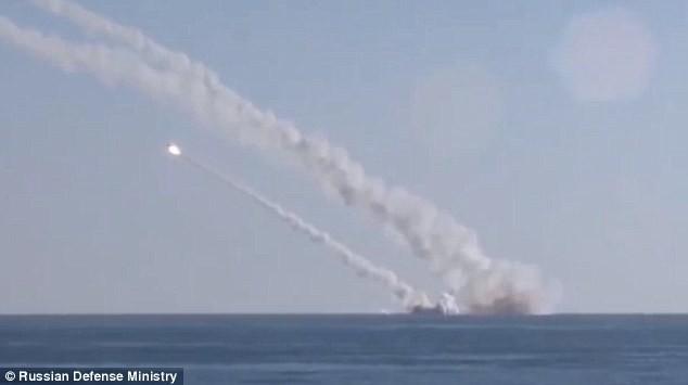 Tổng thống Nga: 'Hy vọng không cần vũ khí hạt nhân để đánh khủng bố' - ảnh 1