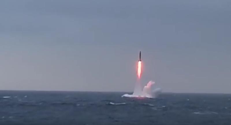 Nga phóng thành công tên lửa xuyên lục địa Sineva từ tàu ngầm - ảnh 1