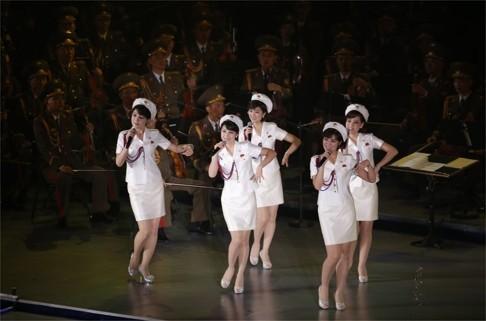 Nhóm nhạc Triều Tiên bỏ về nước vì ông Tập không đến xem - ảnh 3