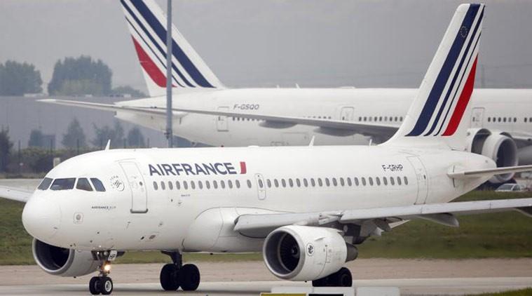 Máy bay Pháp hạ cánh khẩn cấp vì nghi ngờ có gài bom - ảnh 1