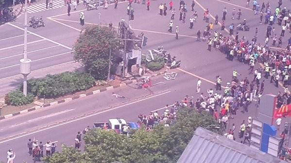 Cuộc tấn công khủng bố tại Indonesia đã kết thúc - ảnh 12