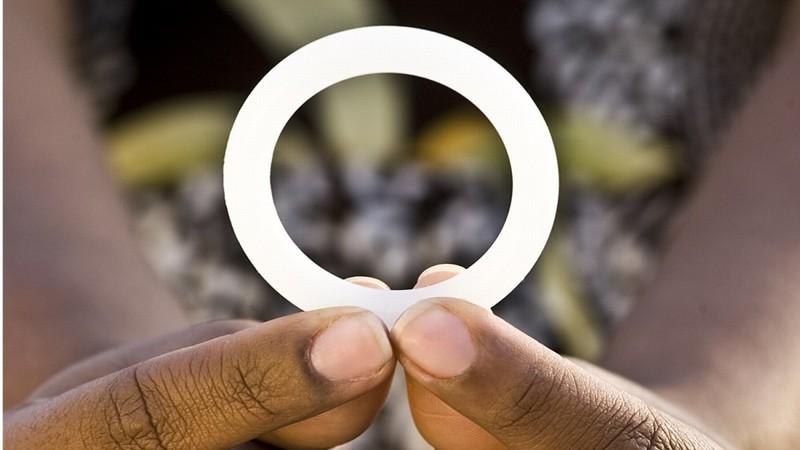 Đột phá về vòng 'khử' lây nhiễm virus HIV cho nữ - ảnh 1