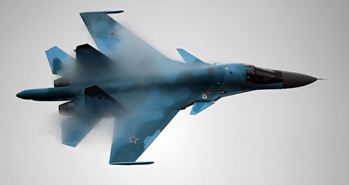 Su-34 ném bom phá băng, 'giải cứu' vùng ngập lụt tại Nga - ảnh 1