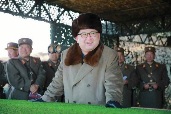 Ông Kim Jong Un ra lệnh phóng tên lửa chỉ là do nóng giận? - ảnh 1