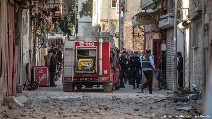 Thổ Nhĩ Kỳ dội pháo biên giới Syria, tiêu diệt 55 phần tử IS - ảnh 2