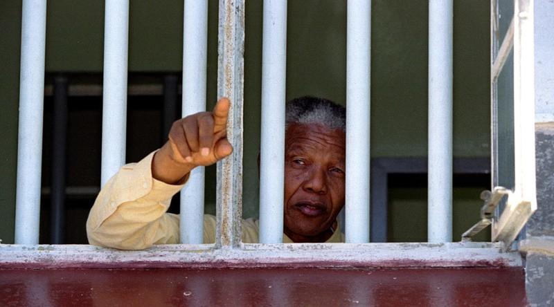 Cựu điệp viên CIA từng mật báo bắt giữ 'huyền thoại' Nelson Mandela - ảnh 2