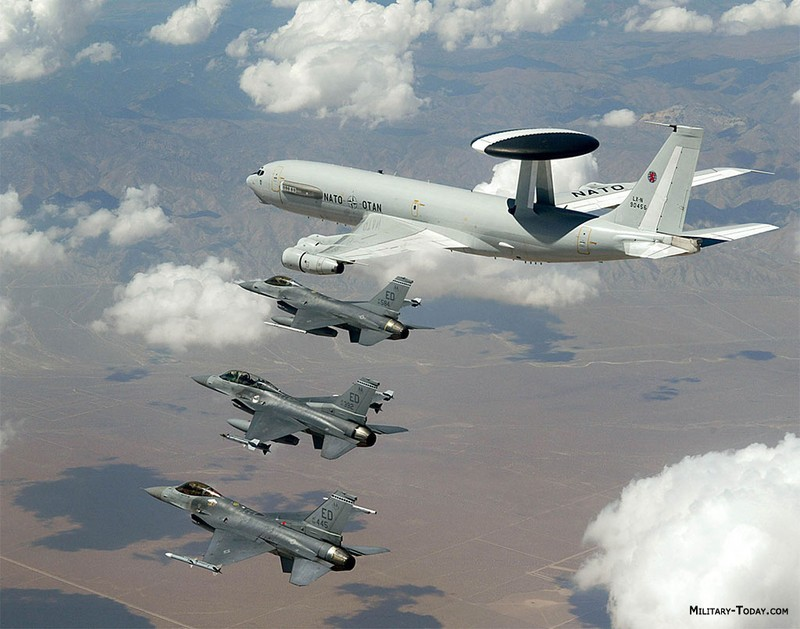 Venezuela tố cáo máy bay do thám Mỹ xâm phạm không phận - ảnh 1