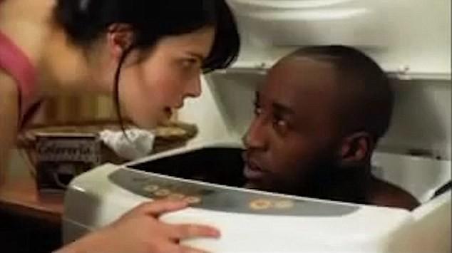 Hãng bột giặt Trung Quốc xin lỗi vì quảng cáo 'phân biệt chủng tộc' - ảnh 4