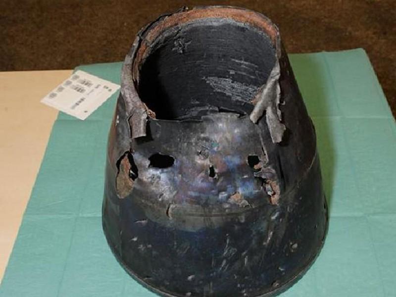 Công bố hình ảnh mảnh vỡ tên lửa Nga tại điểm rơi của MH17 - ảnh 1