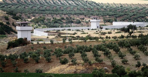 Nga không kích trở lại, Thổ Nhĩ Kỳ lắp tên lửa phòng không - ảnh 1