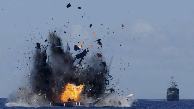 Tàu cá Trung Quốc lại bị bắt giữ vì đánh bắt trái phép - ảnh 1