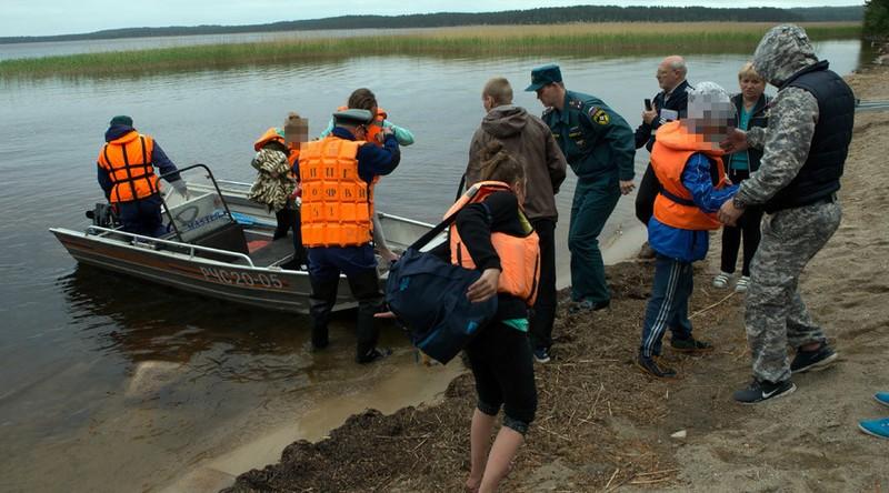 Thuyền lật tại trại hè Nga, 15 trẻ chết đuối - ảnh 2