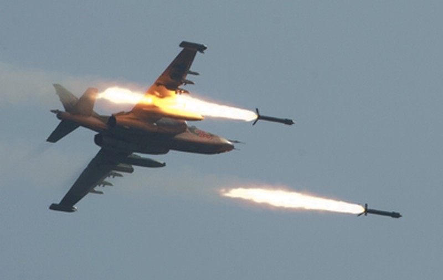 Chiến đấu cơ quân đội Syria rơi khi vừa cất cánh - ảnh 1