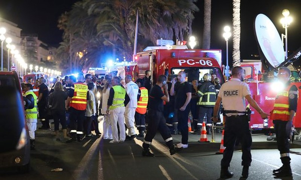Nhiều chính trị gia đồng loạt lên án khủng bố quốc khánh Pháp - ảnh 1