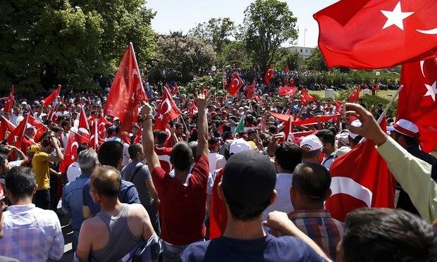 Hàng triệu người tuần hành ủng hộ Tổng thống Thổ Nhĩ Kỳ - ảnh 3