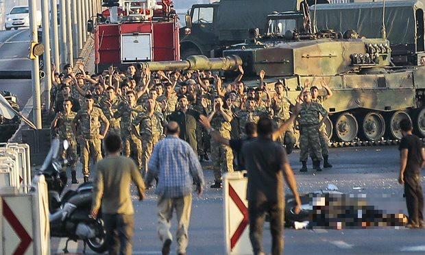 Quân đảo chính Thổ Nhĩ Kỳ đề nghị đàm phán, xin đầu hàng - ảnh 2