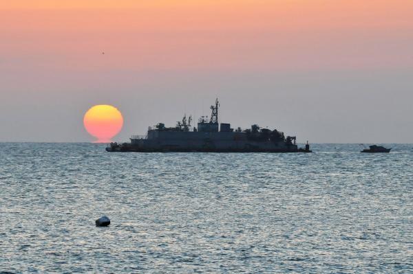 Phát hiện tàu ngầm Triều Tiên sát vùng biển Hàn Quốc - ảnh 1