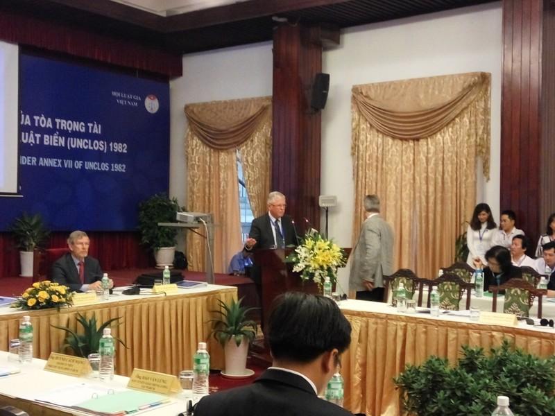 GS Carl Thayer nói về 3 mặt trận sau phán quyết biển Đông - ảnh 1