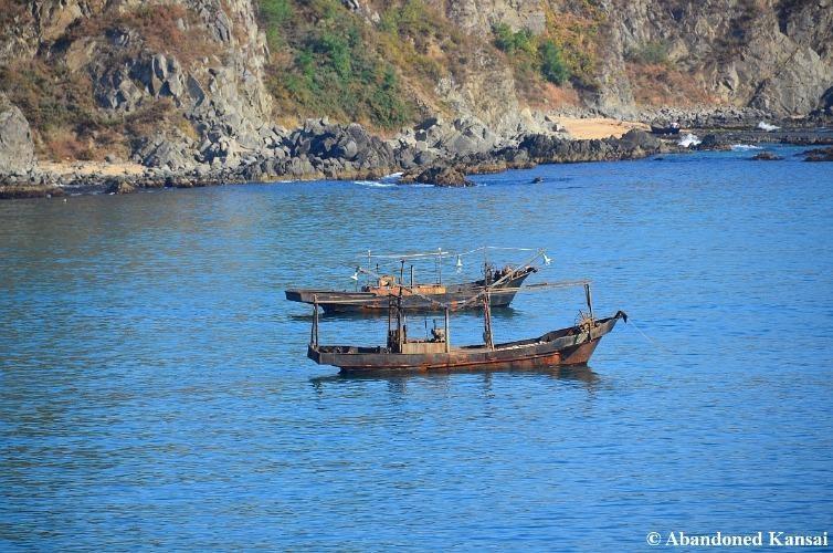 Tàu cá Triều Tiên trên biển Hoàng Hải.