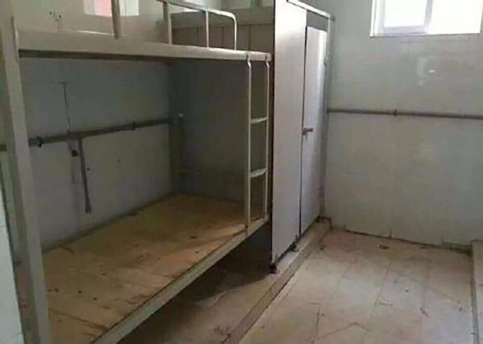Nhà xí 'lột xác' thành phòng ký túc xá tại Trung Quốc