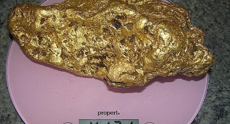 Đào được khối vàng nặng hơn 4kg ở Úc - ảnh 1