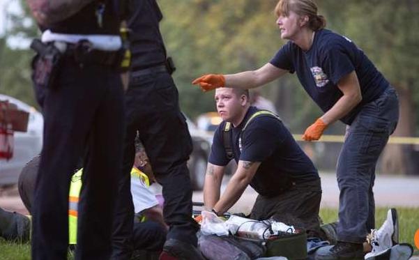 Xả súng đẫm máu Lễ lao động tại Mỹ, 13 người thiệt mạng