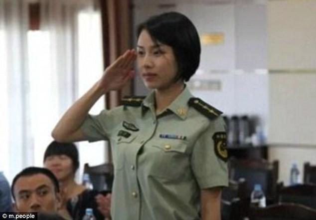 Nữ quân nhân xinh đẹp 'gây bão' Trung Quốc sau G20 - ảnh 7