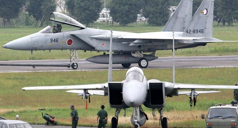 Nhật Bản đáp trả Trung Quốc, dàn trận máy bay chiến đấu