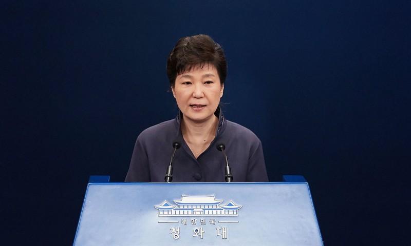 Tổng thống Hàn Quốc bị kiểm duyệt cả diễn văn, quần áo?
