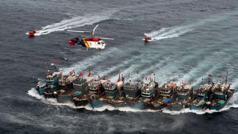 Hàn Quốc nã súng máy vào tàu cá, Trung Quốc 'nóng mặt'