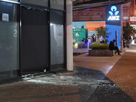 Động đất rung chuyển New Zealand, báo động sóng thần - ảnh 2