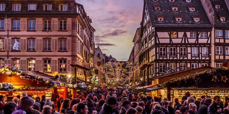 Phá âm mưu khủng bố Paris trước thềm Giáng sinh - ảnh 1
