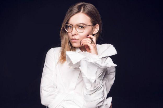 Ái nữ trẻ đẹp của bộ trưởng Ukraine có vị trí quyền lực - ảnh 2