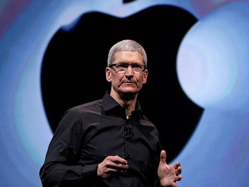 Ông Trump đề nghị đưa iPhone về Mỹ sản xuất - ảnh 1