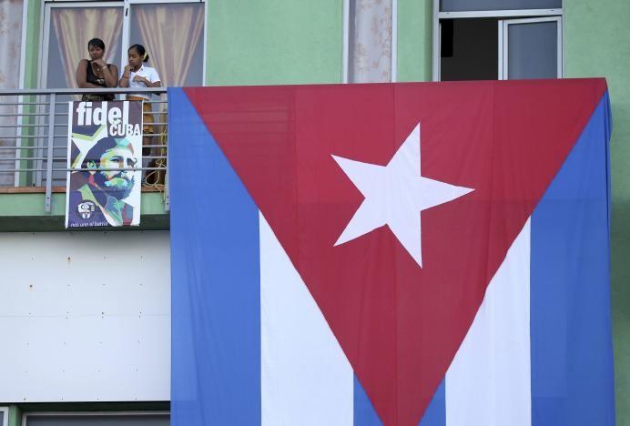 Đưa lãnh tụ Fidel Castro về nơi an nghỉ cuối cùng - ảnh 5