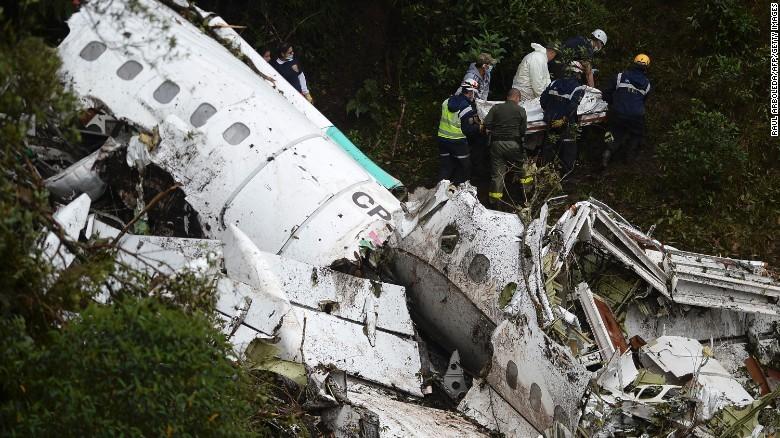 Rò rỉ đoạn ghi âm máy bay rơi ở Colombia hết nhiên liệu
