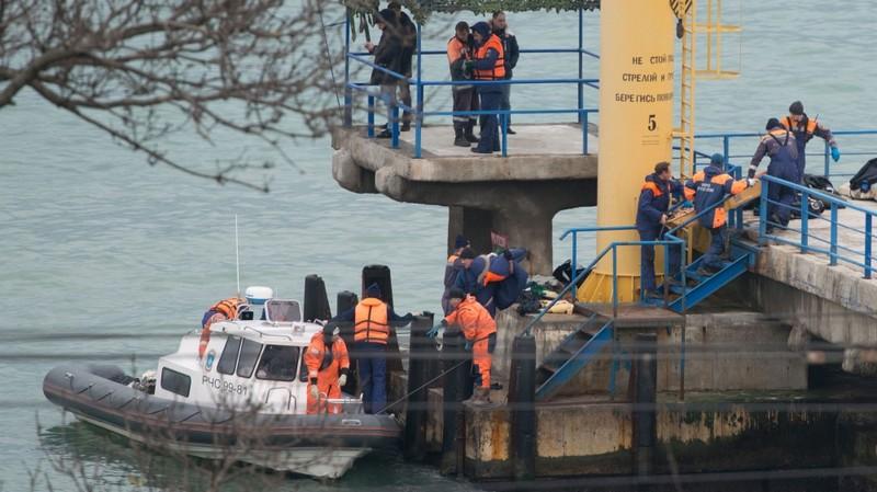 Hơn 3.000 người tìm kiếm máy bay Nga gặp nạn - ảnh 1