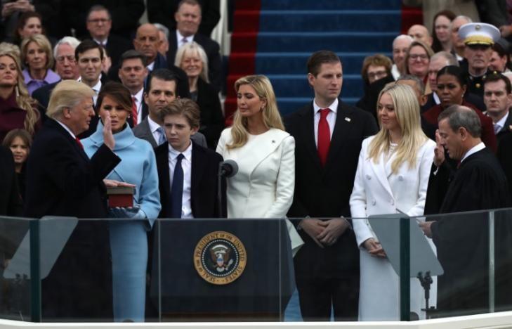 Ông Donald Trump chính thức nhậm chức Tổng thống Mỹ  - ảnh 3