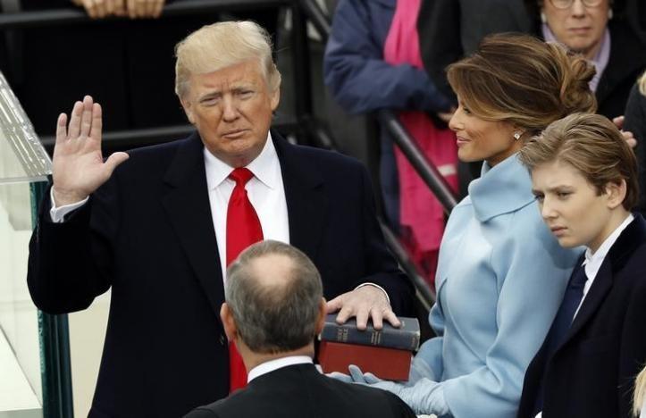 Ông Donald Trump chính thức nhậm chức Tổng thống Mỹ  - ảnh 2
