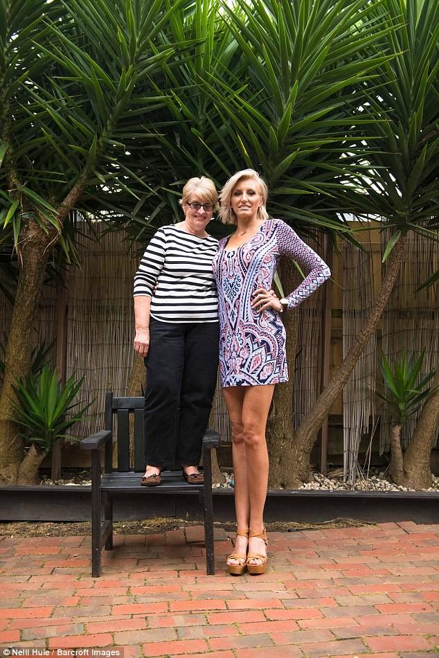 Cơ hội kỷ lục Guinness của người phụ nữ chân dài 1,3m - ảnh 3